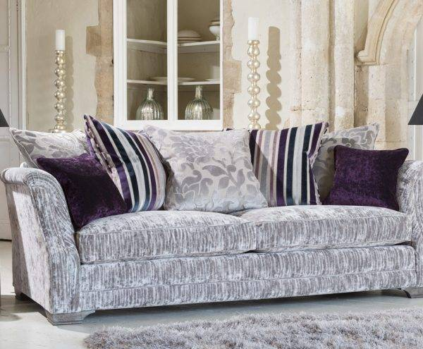 Furniture Showroom in Burton on Trent - Our Florian and Venezia range of sofas with free delivery to Ashbourne, Swadlincote, Tamworth, Lichfield, Ashbourne & Derby